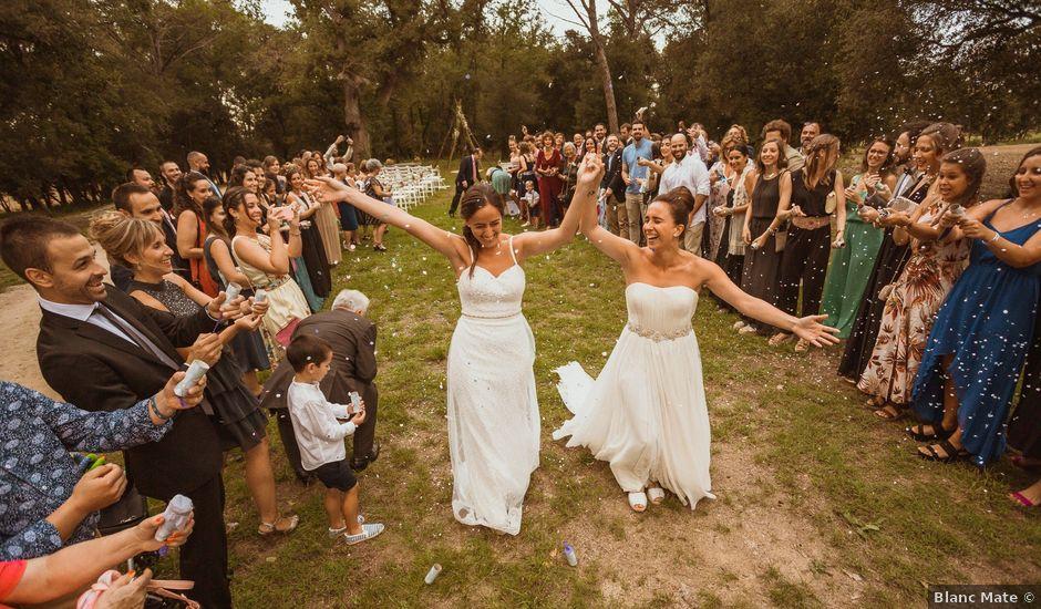 La boda de Ainara y Julia en Pueblo Sant Andreu Salou, Girona