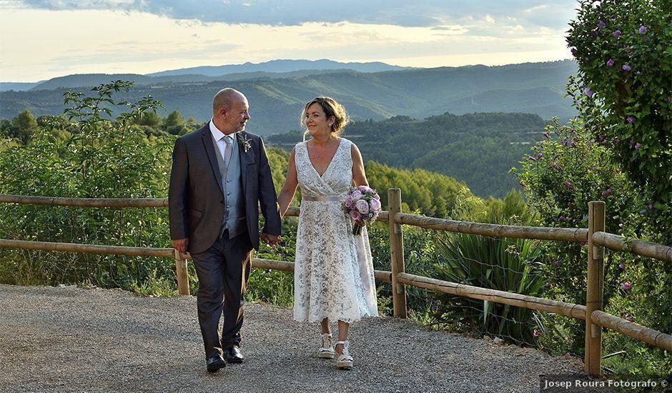 La boda de Mª Angeles y Josep en Sallent, Barcelona