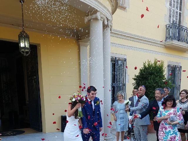 La boda de Cristian y Xènia en L' Hospitalet De Llobregat, Barcelona 4