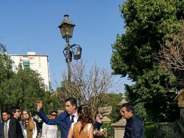 La boda de Cristian y Xènia en L' Hospitalet De Llobregat, Barcelona 10