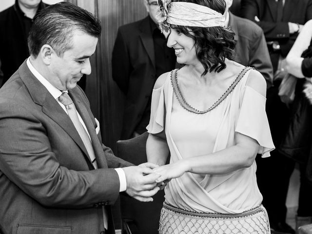 La boda de Jose Manuel y Juani en Alcala De Guadaira, Sevilla 33