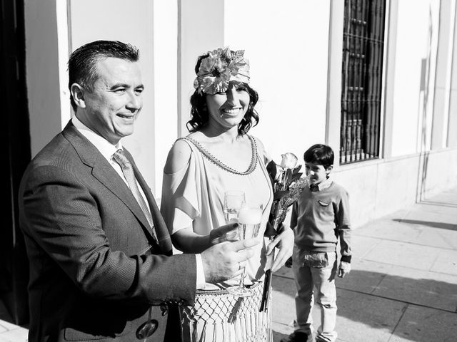 La boda de Jose Manuel y Juani en Alcala De Guadaira, Sevilla 42
