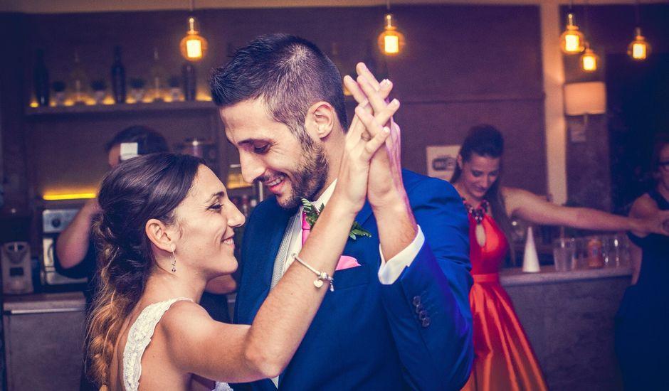 La boda de Daniel y Cristina  en Gurugu, Madrid
