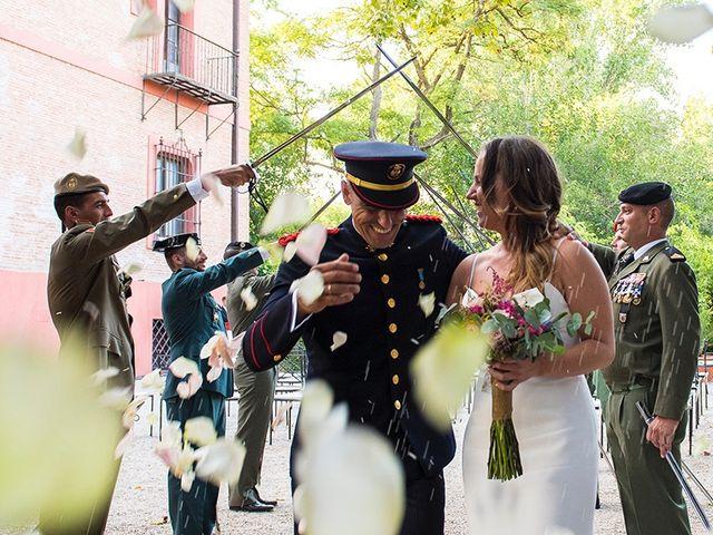 La boda de Enrique y Raquel en Fresno De Torote, Madrid 22