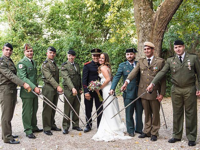 La boda de Enrique y Raquel en Fresno De Torote, Madrid 24