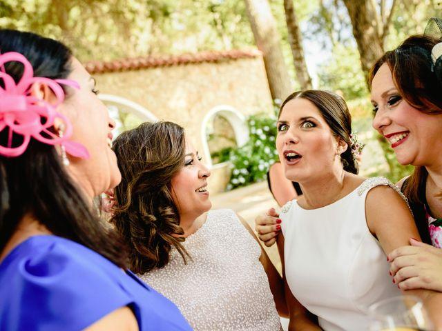 La boda de Rubén y Sheila en Massarrojos, Valencia 2