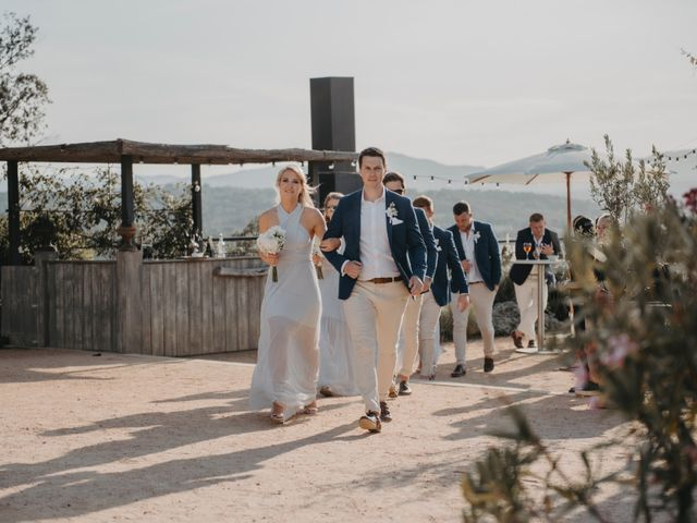 La boda de John y Zita en La Bisbal d'Empordà, Girona 32