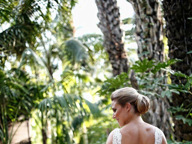 La boda de Marco y Vicky en Elx/elche, Alicante 16