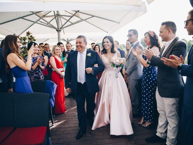 La boda de Rafael y Pilar en Madrid, Madrid 18