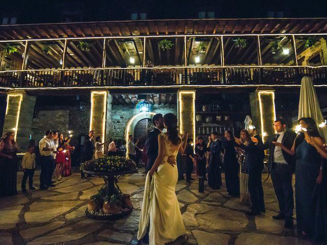 La boda de Fernando y Carla en Canedo, León 80