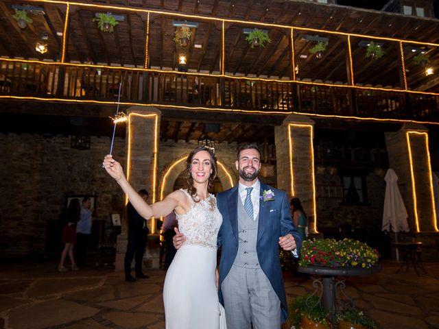 La boda de Fernando y Carla en Canedo, León 81