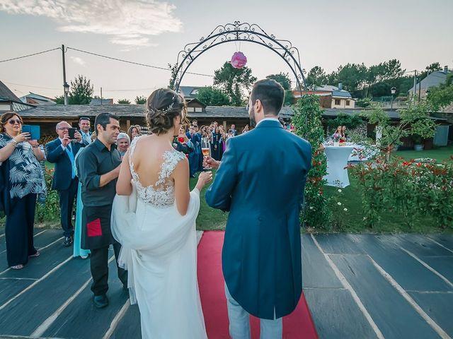 La boda de Fernando y Carla en Canedo, León 64