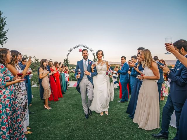 La boda de Fernando y Carla en Canedo, León 63