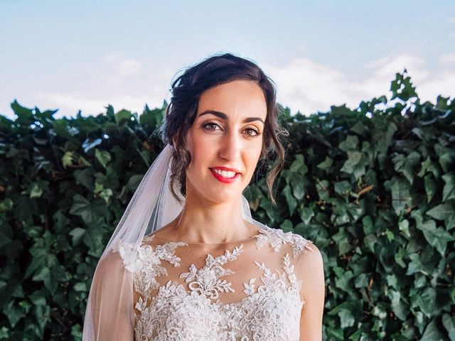 La boda de Fernando y Carla en Canedo, León 24
