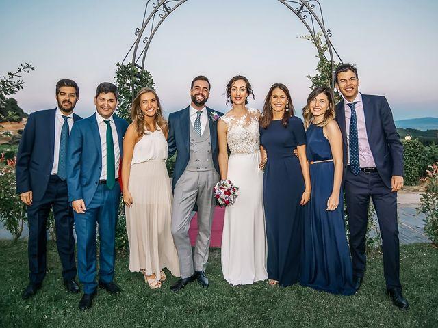 La boda de Fernando y Carla en Canedo, León 66