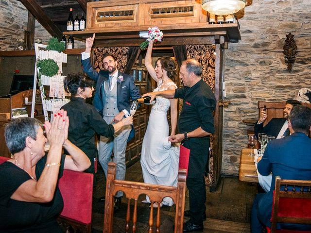 La boda de Fernando y Carla en Canedo, León 72