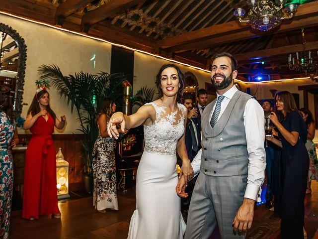 La boda de Fernando y Carla en Canedo, León 83