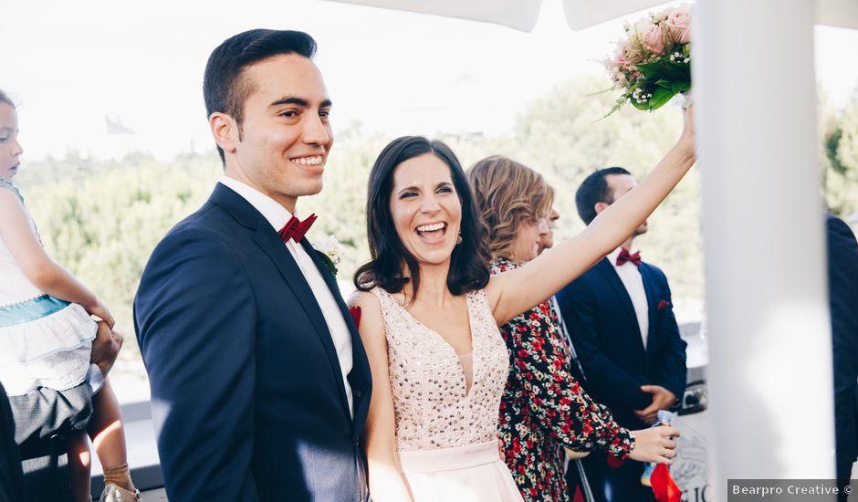 La boda de Rafael y Pilar en Madrid, Madrid