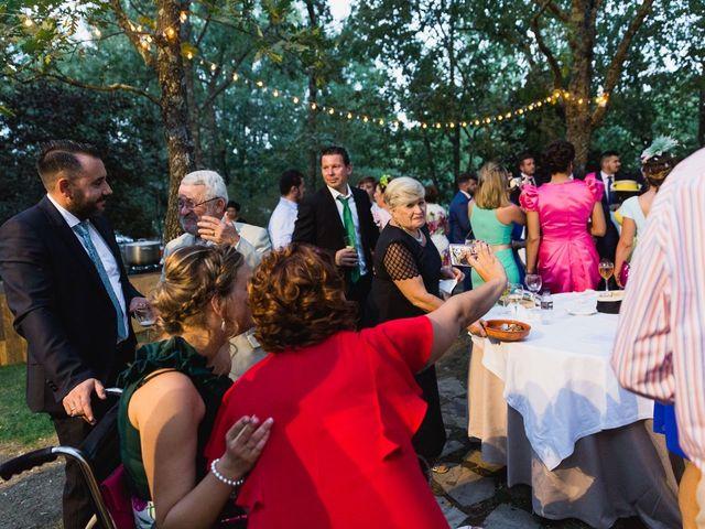 La boda de Leticia y Fran en Serradilla, Cáceres 19