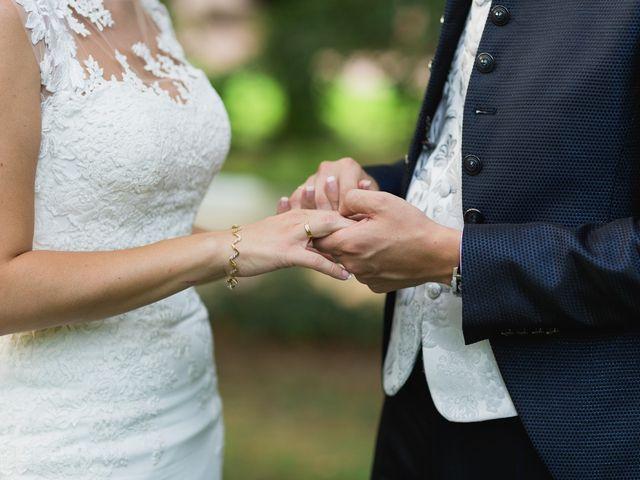La boda de Leticia y Fran en Serradilla, Cáceres 21