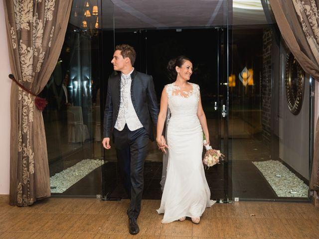 La boda de Leticia y Fran en Serradilla, Cáceres 25