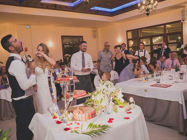 La boda de Bruno y Nieves en Valencia, Valencia 18