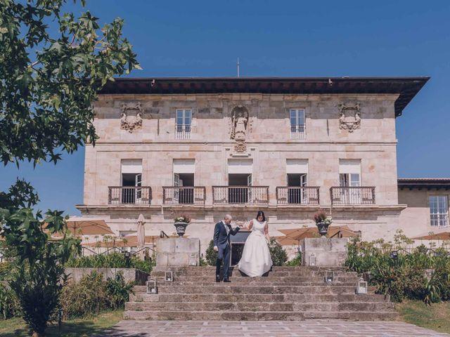 La boda de Iker y Ainara en Mungia, Vizcaya 47