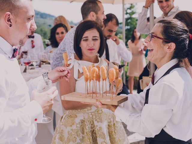 La boda de Iker y Ainara en Mungia, Vizcaya 97