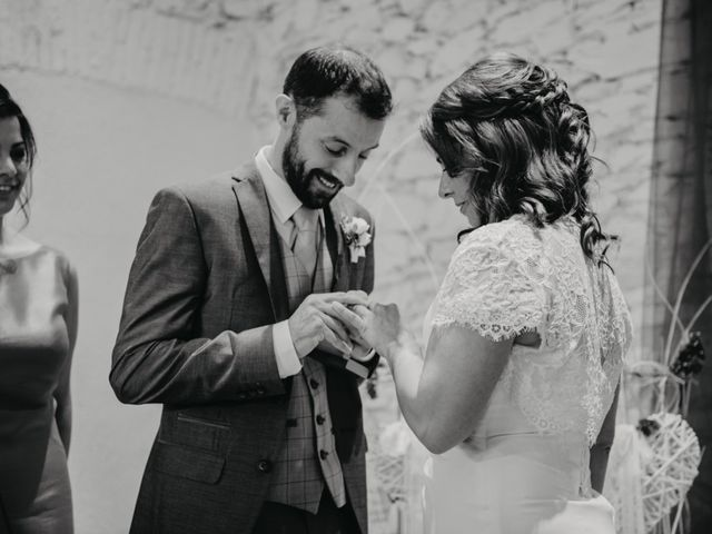 La boda de Adrián y Mariona en Girona, Girona 13