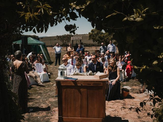 La boda de Víctor y María en Berlanga De Duero, Soria 69