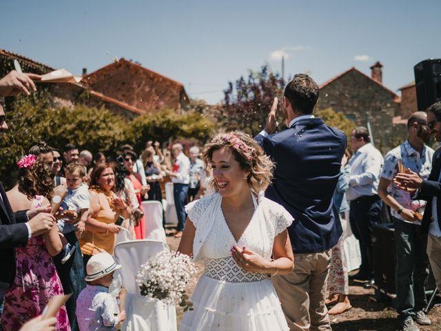 La boda de Víctor y María en Berlanga De Duero, Soria 92