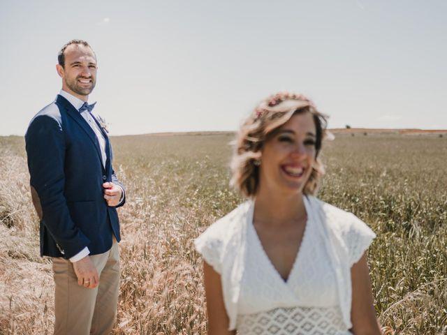 La boda de Víctor y María en Berlanga De Duero, Soria 99