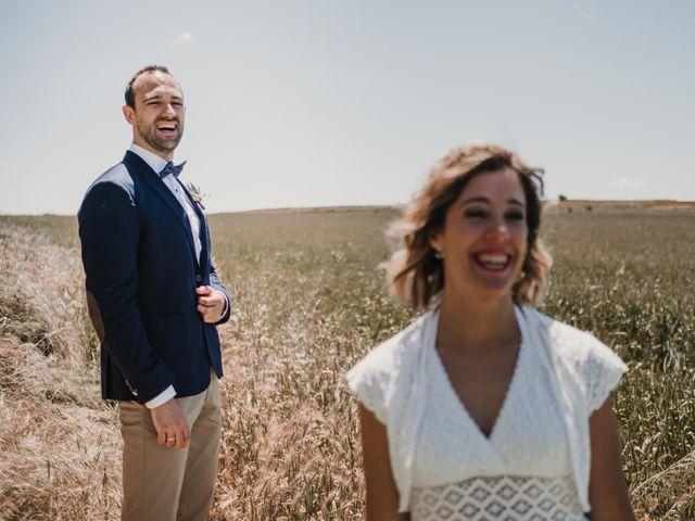 La boda de Víctor y María en Berlanga De Duero, Soria 101
