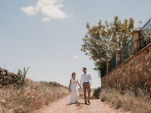 La boda de Víctor y María en Berlanga De Duero, Soria 112