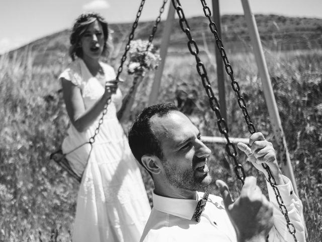 La boda de Víctor y María en Berlanga De Duero, Soria 118