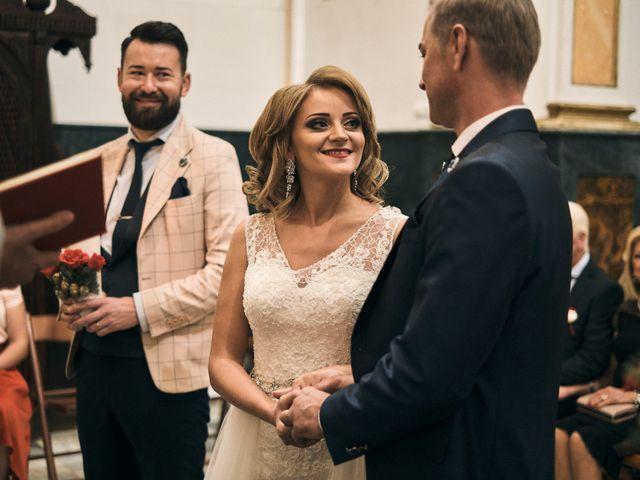 La boda de Silviu y Paula en Gandia, Valencia 17