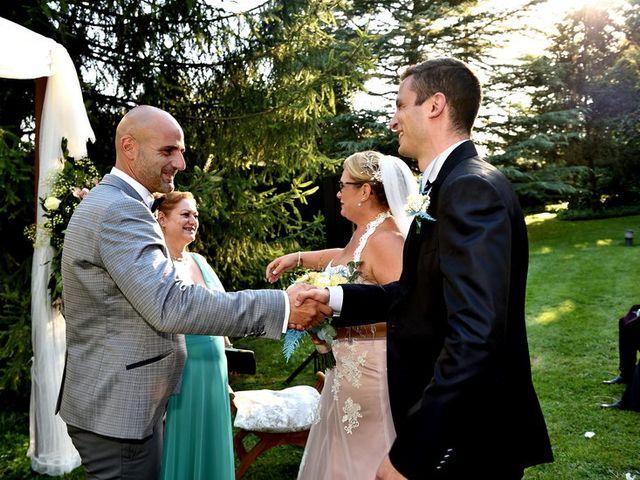 La boda de Chelo y Xisco en Santpedor, Barcelona 23