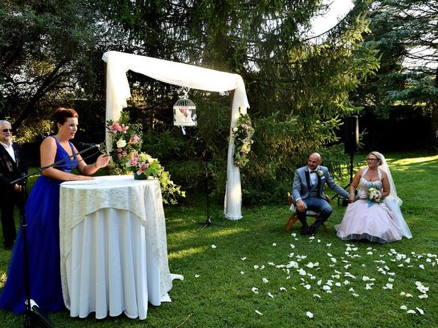 La boda de Chelo y Xisco en Santpedor, Barcelona 25