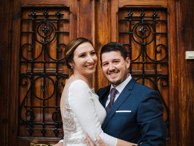 La boda de Jesús y María en Valencia, Valencia 35