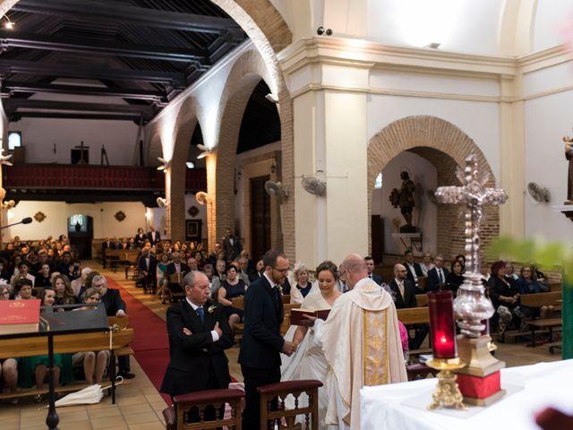 La boda de Rory y Cristina en Los Navalucillos, Toledo 15