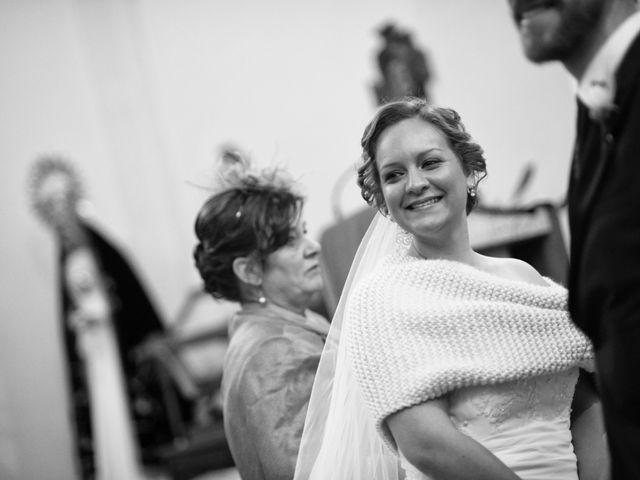 La boda de Rory y Cristina en Los Navalucillos, Toledo 23