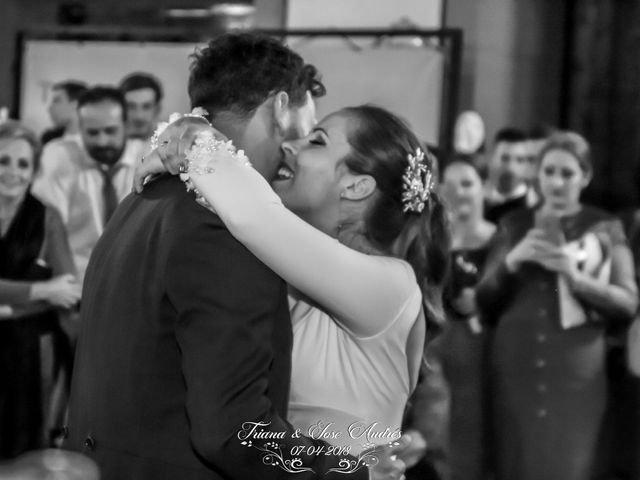 La boda de Jose Andrés y Triana en Los Palacios Y Villafranca, Sevilla 23