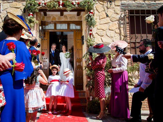 La boda de Juan y Azahara en Mota Del Cuervo, Cuenca 22