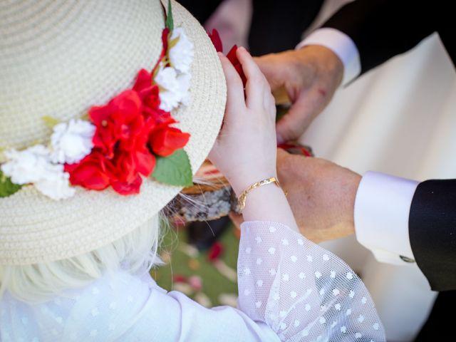 La boda de Juan y Azahara en Mota Del Cuervo, Cuenca 27
