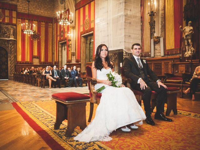 La boda de Julio y Melissa en Sant Vicenç De Montalt, Barcelona 23