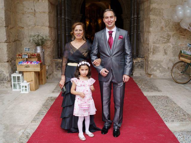 La boda de Rubén y Isabel en Burgos, Burgos 25