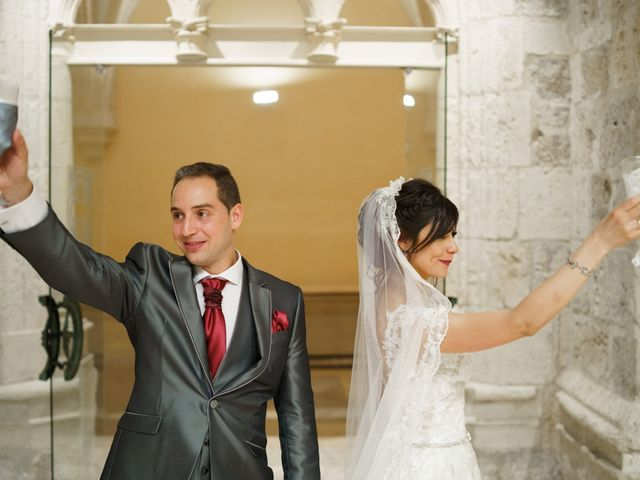 La boda de Rubén y Isabel en Burgos, Burgos 76