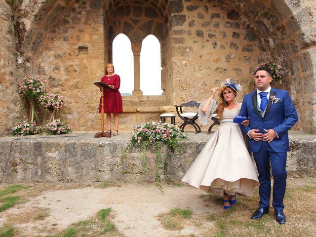 La boda de Yeray y Erika en Burgos, Burgos 33