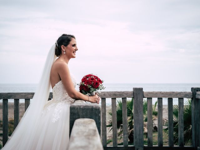 La boda de Gustavo y Alicia en Motril, Granada 23