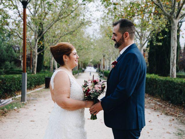 La boda de Vicente y Raquel en Alcorcón, Madrid 32